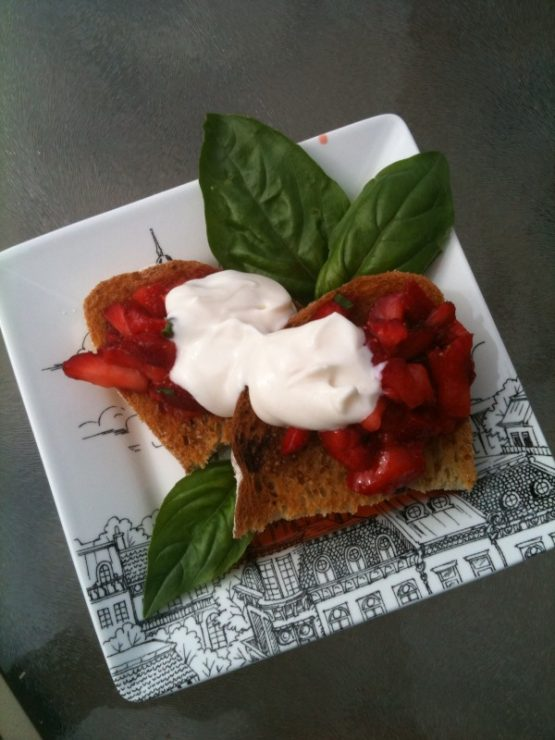 strawberry bruschetta 2