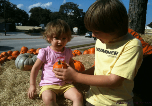 ruth-in-pumpkins