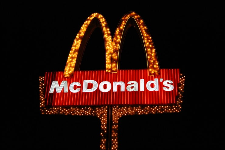 McD's-https-_www.flickr.com_photos_roadsidepictures_